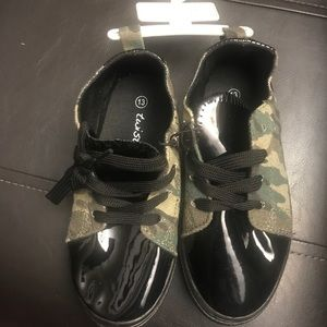Camo and black Patient Leather shoes